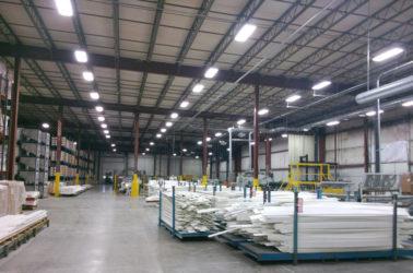 Освещение на складе светодиодами