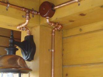 Проводка в медных трубах в деревянном доме