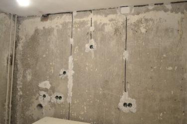 Штробление стен под проводку и розетки