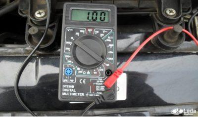 Как обнаружить короткое замыкание в проводке автомобиля?