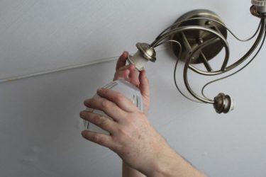 Как снять люстру с потолка самостоятельно?