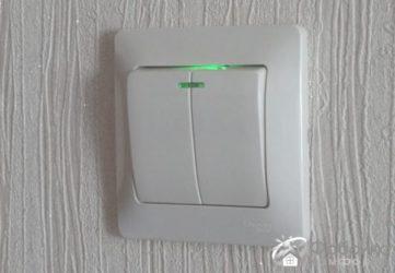 Установка выключателя света с подсветкой