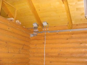 Открытая проводка в деревянном доме правила