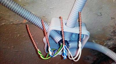 Соединение многожильных проводов в распределительной коробке